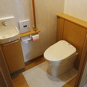 強力パワー脱臭・暖房トイレ
